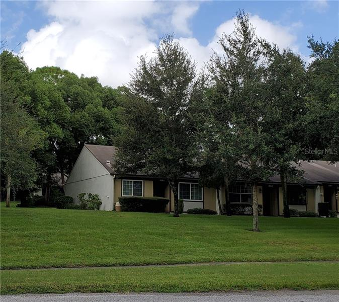 Find Homes for Sale in Timber Oaks, Tampa - Compass
