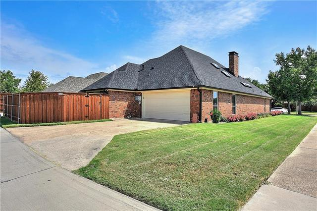 7 Valleycrest Court Allen, TX 75002