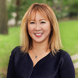 Alvina Chiu,                       Agent in NYC - Compass