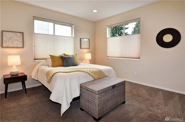7313 Bainbridge Place Southwest Seattle, WA 98136