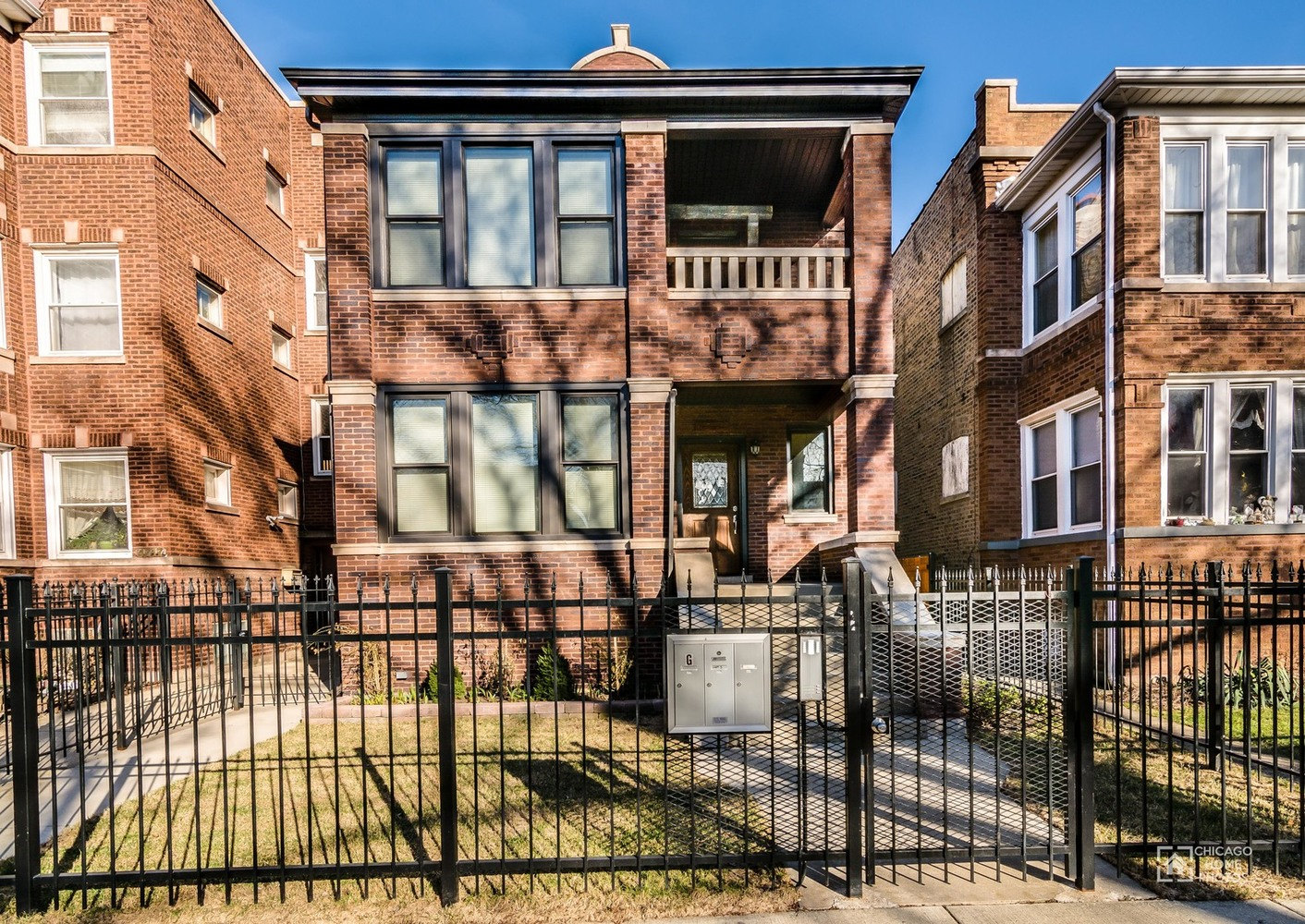 4713 North Drake Avenue, Unit 1 Chicago, IL 60625