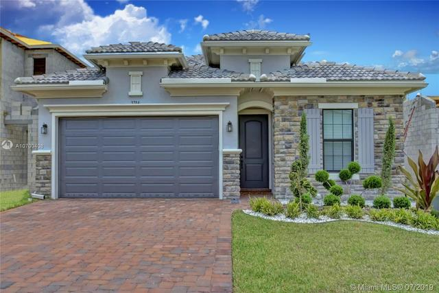 Village Green Coral Springs, FL 33065