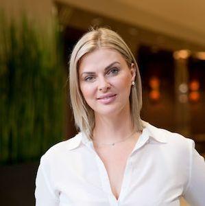 Anna Nazeman, Agent in Seattle - Compass