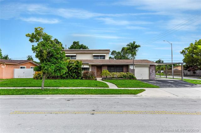 690 West 74th Place Hialeah, FL 33014