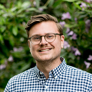 Kyle Moss,                     Agent in Seattle - Compass