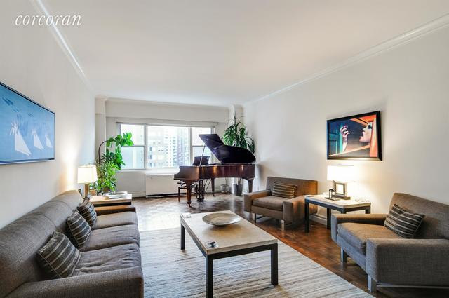 340 East 64th Street, Unit 17N Image #1