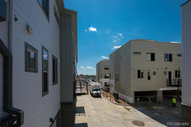 4100 East Iliff Avenue, Unit 7 Denver, CO 80222