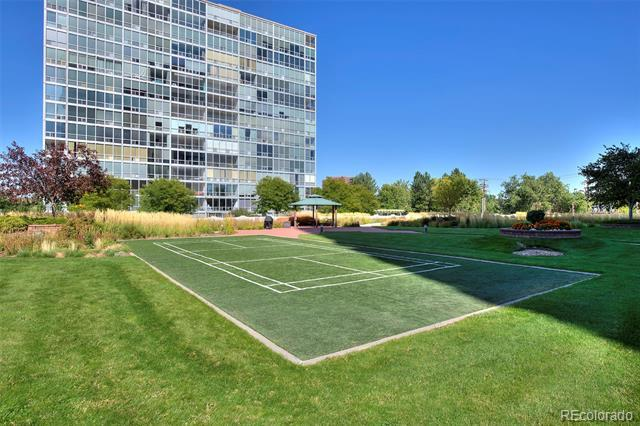 3131 East Alameda Avenue, Unit 905 Denver, CO 80209
