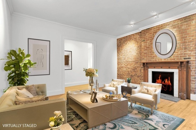 54 East 83rd Street, Unit 1C Image #1