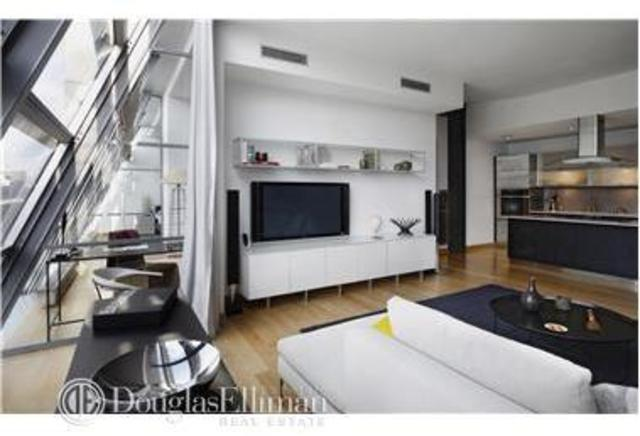 497 Greenwich Street, Unit 6A Image #1