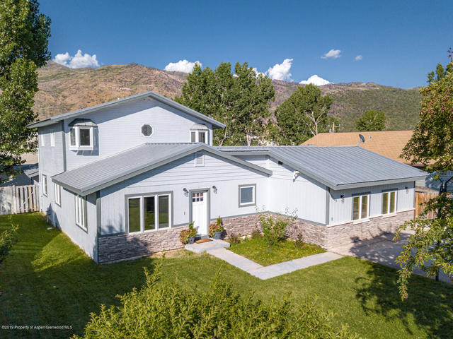 145 Cheyenne Avenue Carbondale, CO 81623
