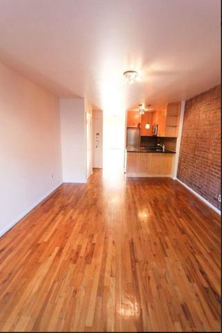 270 East 10th Street, Unit 2B Manhattan, NY 10009