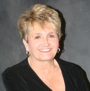 Kathy McKenzie, Agent in San Francisco - Compass