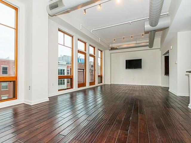 139 East Berkeley Street, Unit 502 Image #1