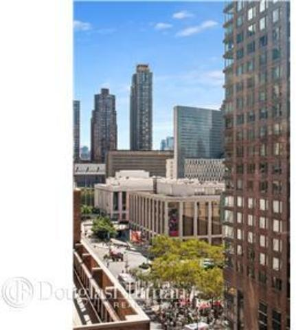 45 West 67th Street, Unit 11G Image #1