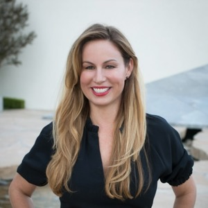 Michaela McCloskey, Agent in Los Angeles - Compass