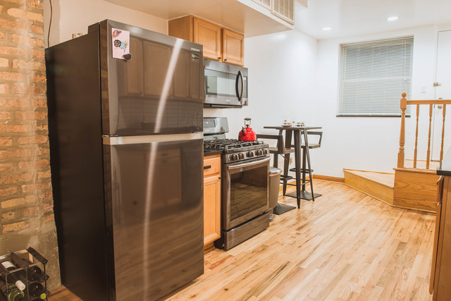 2735 West Le Moyne Street, Unit B Chicago, IL 60622