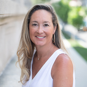 Keiley Fuller,                       Agent in Greenwich, CT - Compass