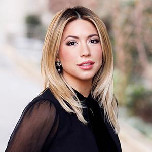 Daniela Solorzano, Agent in NYC - Compass