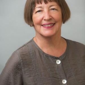 Diane Flyr,                     Agent in San Francisco - Compass
