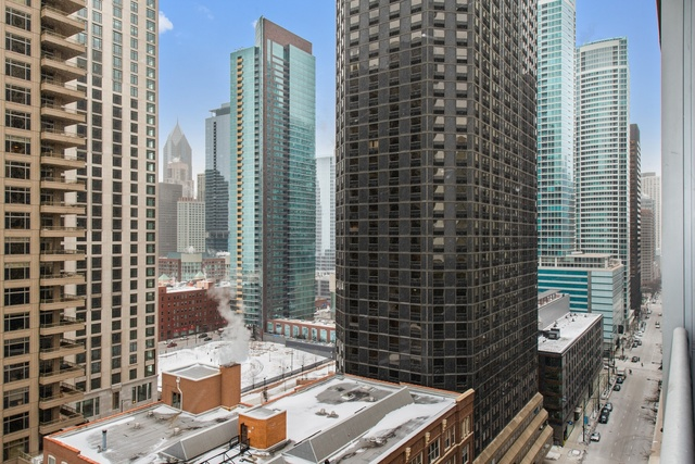 600 North Lake Shore Drive, Unit 1507 Chicago, IL 60611
