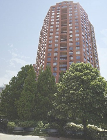 376-380 Rector Place, Unit 14G Image #1