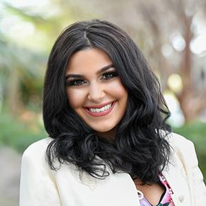 Carolina Poll, Agent in Miami - Compass