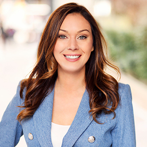 Sara McNeil, Agent in NYC - Compass