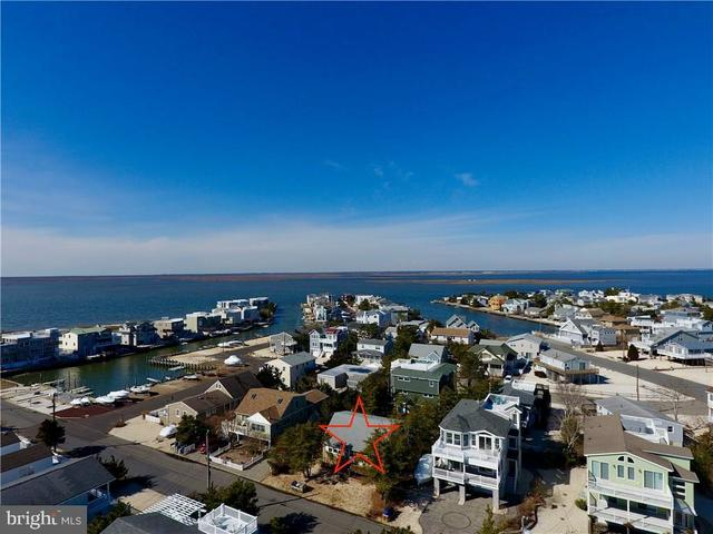10 Cox Avenue Harvey Cedars, NJ 08008