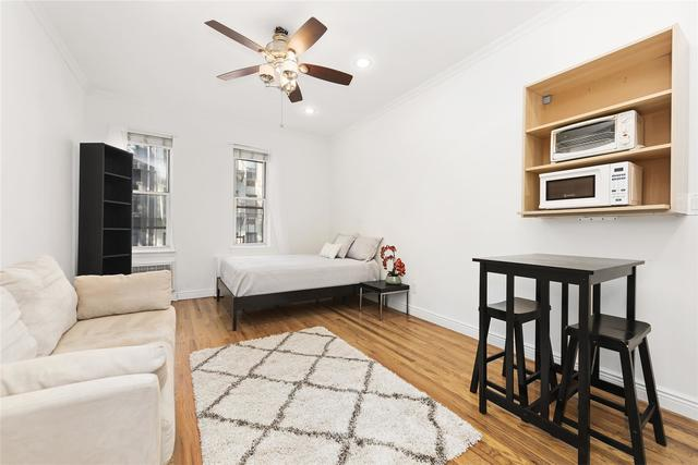 321 East 89th Street, Unit 3A Image #1
