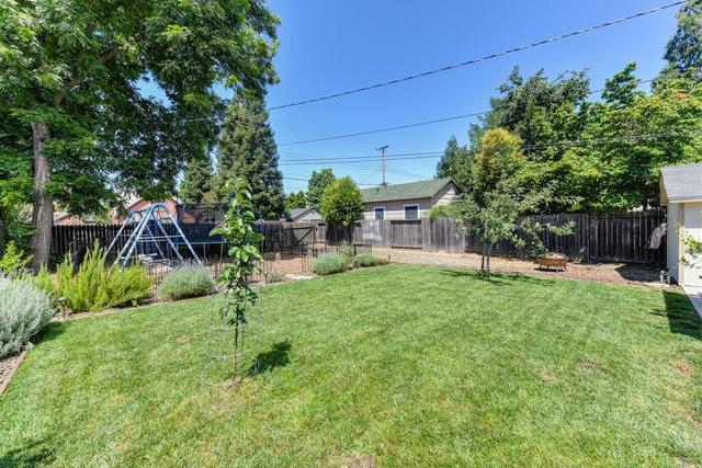 320 Clinton Avenue Roseville, CA 95678