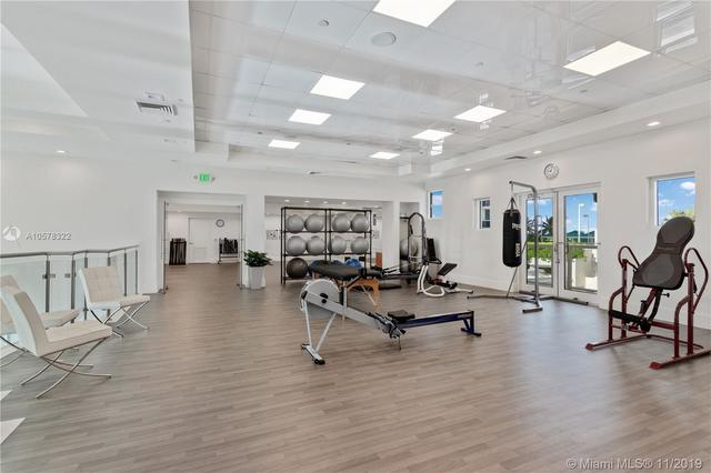 4775 Collins Avenue, Unit 703 Miami, FL 33140