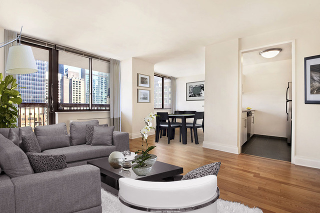 260 West 52nd Street, Unit 27F Image #1