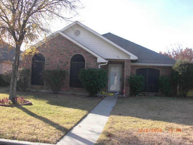 6929 bentley avenue fort worth tx 76137 compass compass real estate