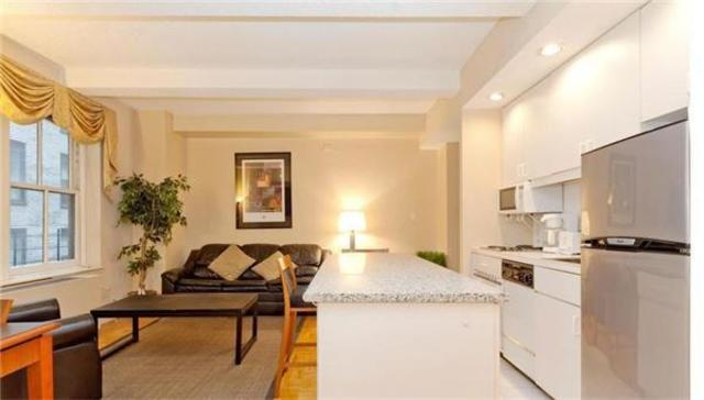150 West 51st Street, Unit 1730 Image #1