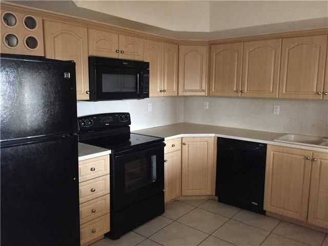 17405 Northwest 75th Place, Unit 204 Image #1