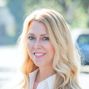 Jill Laine,                     Agent in Los Angeles - Compass