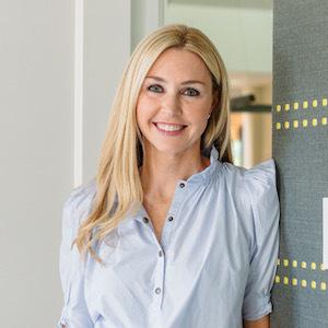 Julie Rado,                       Agent in Dallas-Fort Worth - Compass