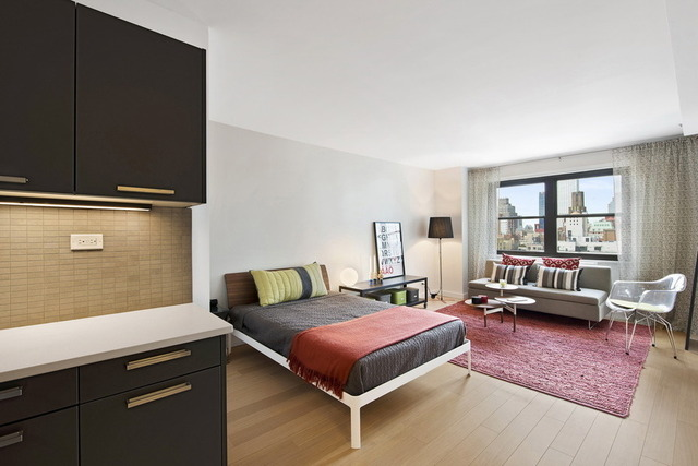 222 East 39th Street, Unit 7K Image #1