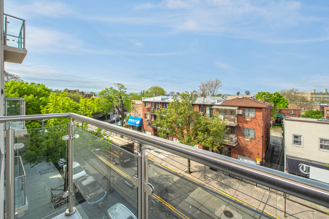 62-41 Forest Avenue, Unit 4C Queens, NY 11385