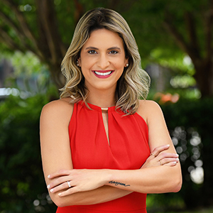 Headshot of Talita Pinheiro