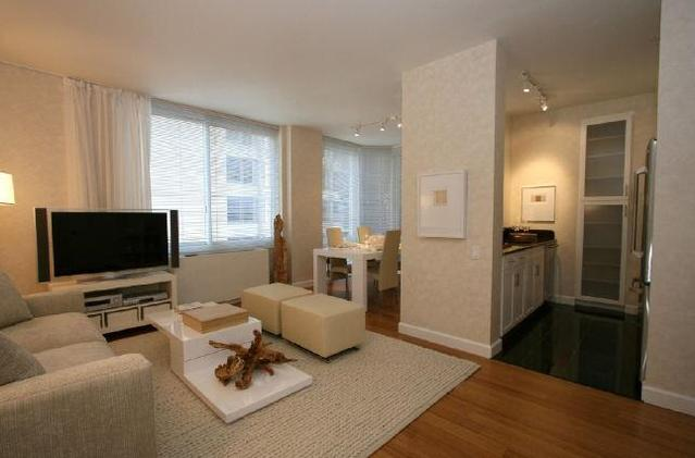 320 West 38th Street, Unit 1805 Image #1