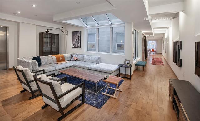 135 West 4th Street, Unit 2E Image #1