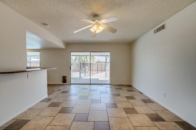 2105 South River Drive Tempe, AZ 85282