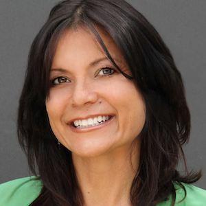 Annette Schultz,                     Agent in San Diego - Compass