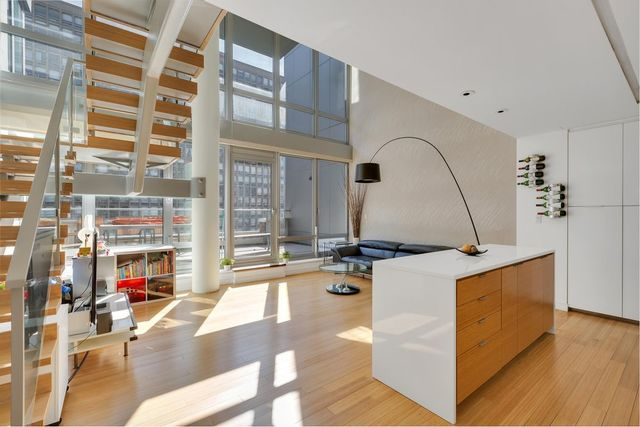 303 East 33rd Street, Unit 9G Image #1