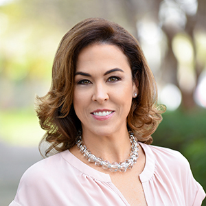 Beatriz Martinez, Agent in Miami - Compass