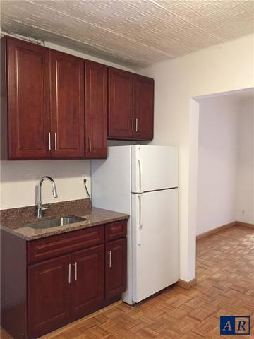 157 West 9th Street, Unit 2A Image #1