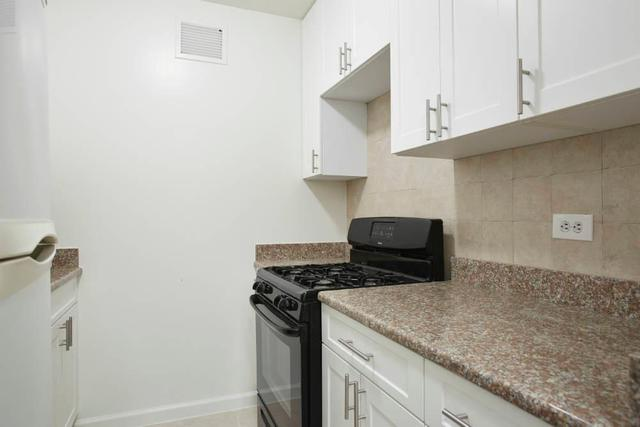 300 Rector Place, Unit 1G Image #1