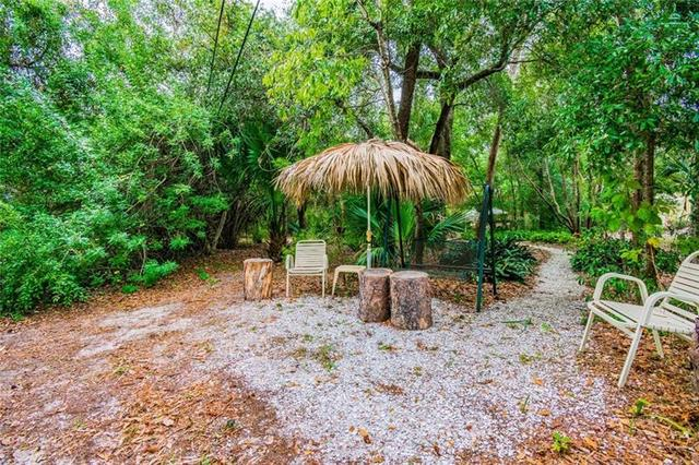 1180 Bee Pond Road Palm Harbor, FL 34683